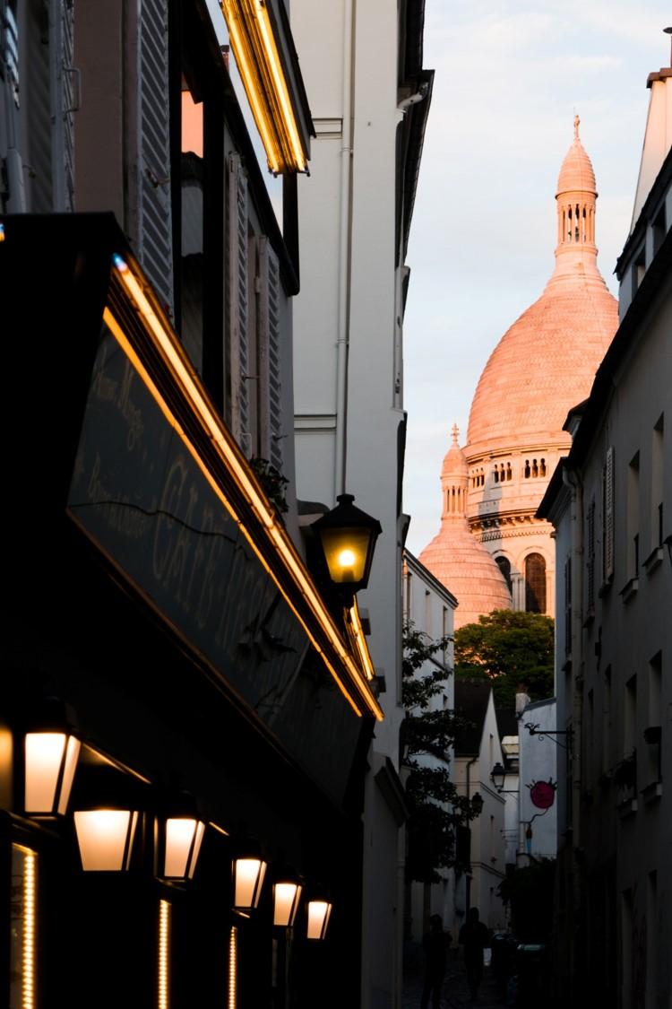 Montmartre de la ville au Sacré-Cœur