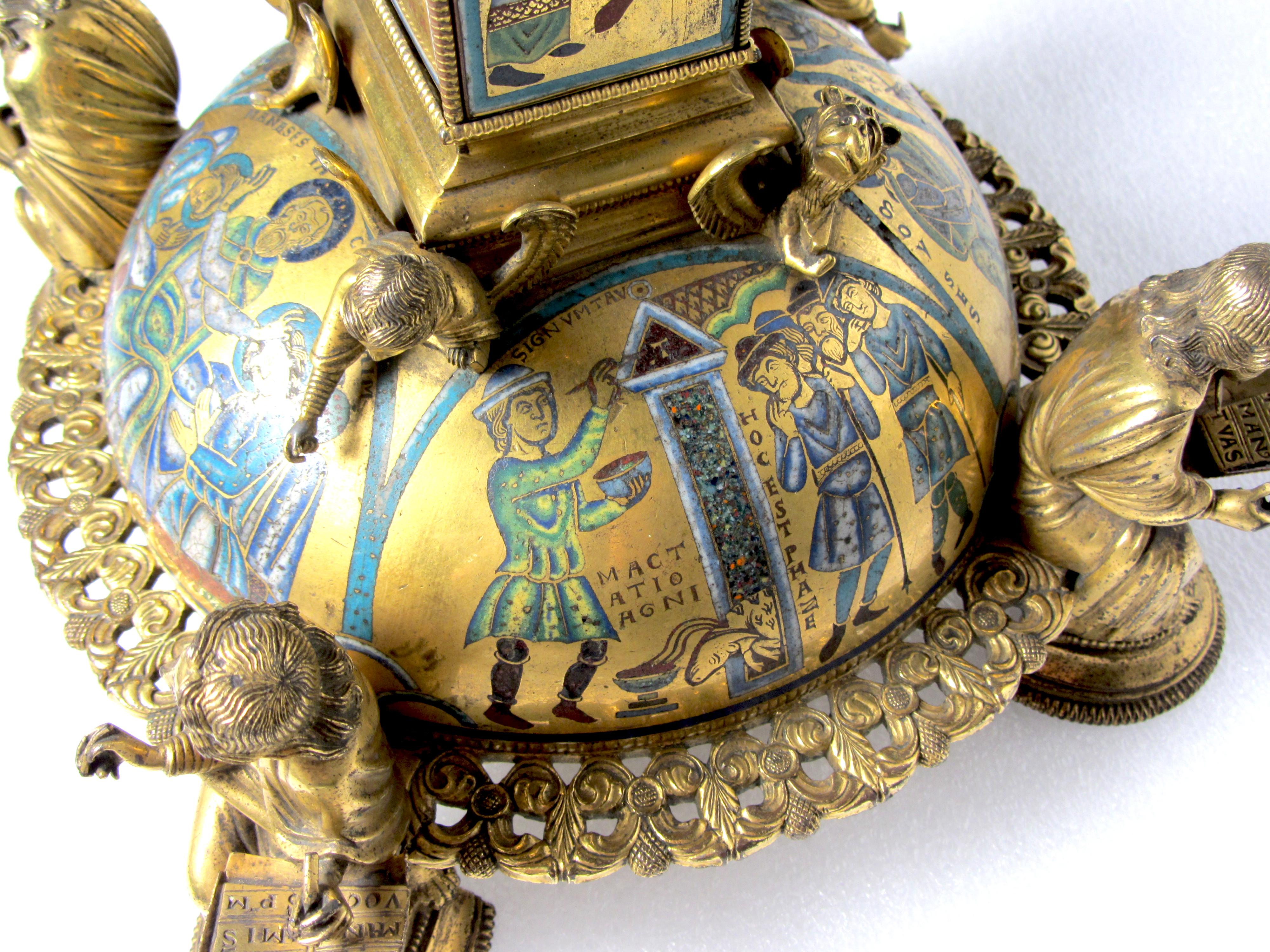 Pied de croix saint-Bertin ©musée Sandelin