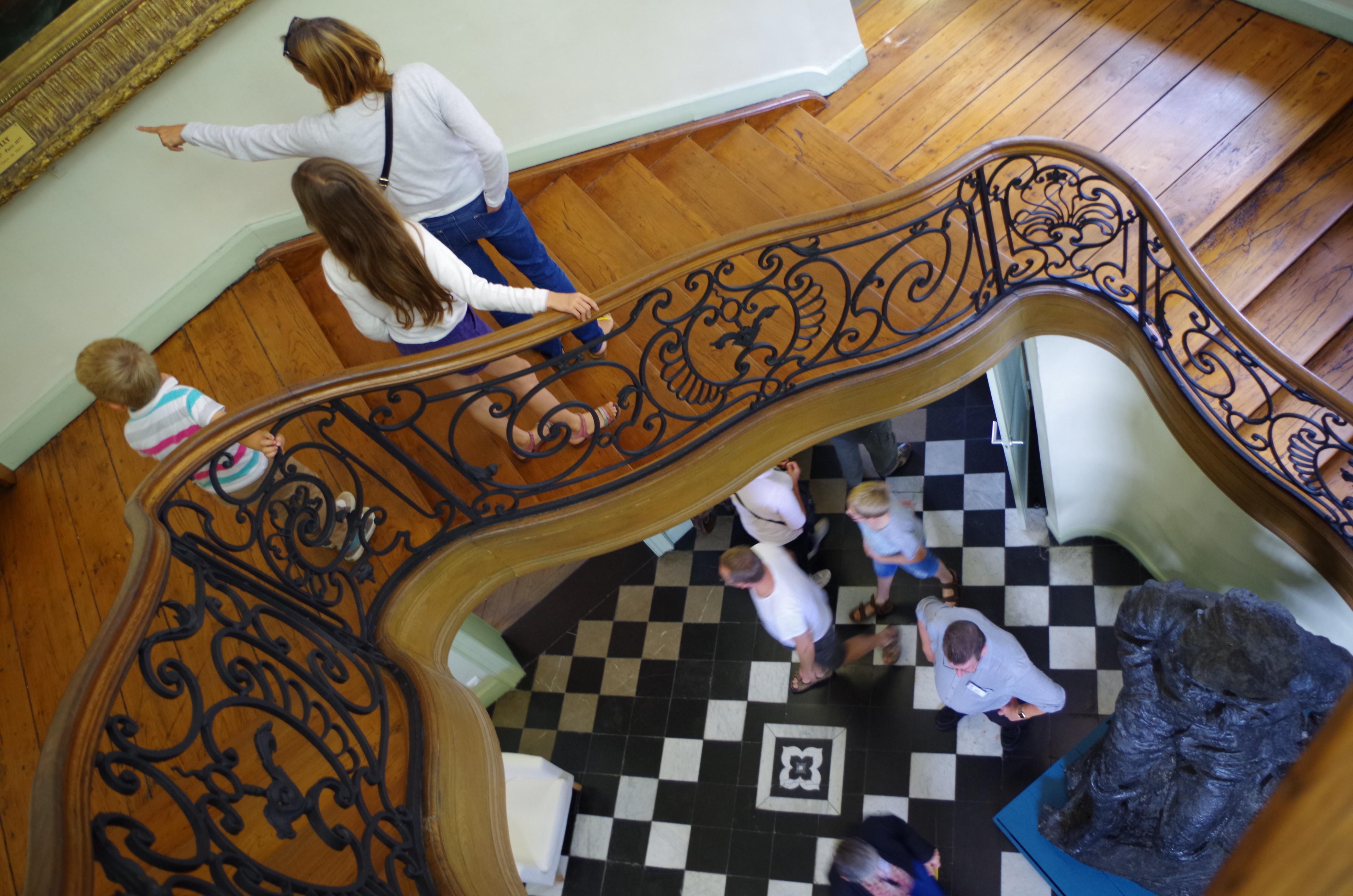 Visiteurs au musée Sandelin